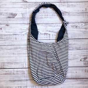 🔥BUY 1, GET 3 FREE🔥 Old Navy hobo crossbody bag